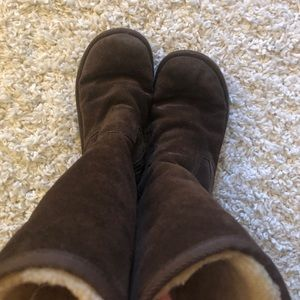 UGG Shoes - Dark brown ugh boots with zipper!